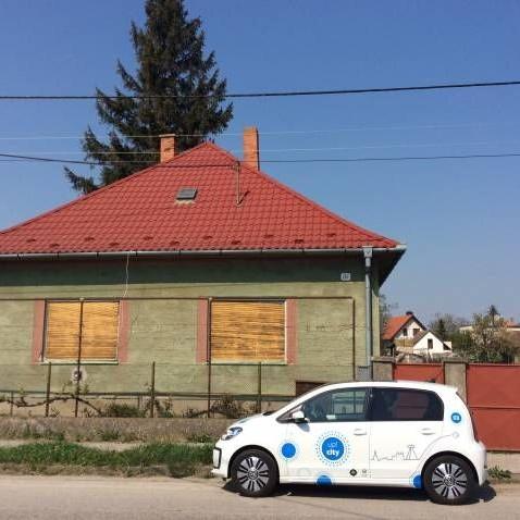 Predám pozemok za 36 eur/m2 a dom za 30 000 eur