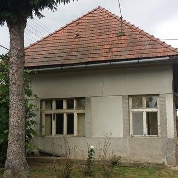 Starší rodinný dom  Čankov - okr. Levice